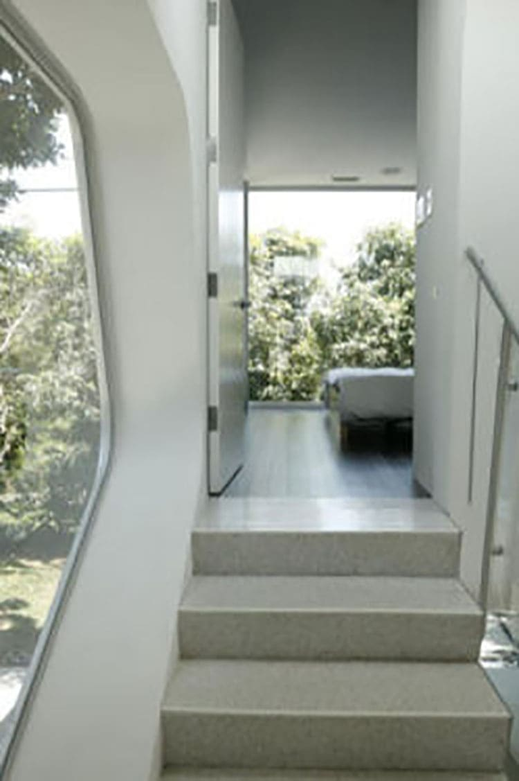 bedroom stairs