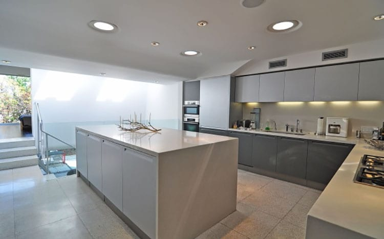 cool kitchen 1.jpeg