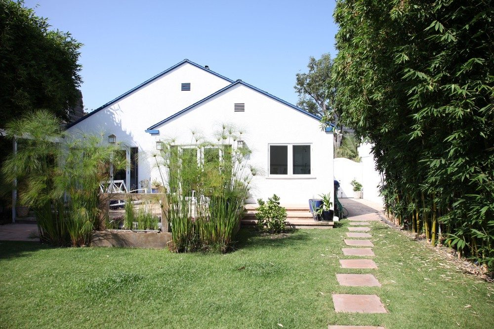 IMG_0554 – 6426 Moore Drive LA 90048 – Backyard
