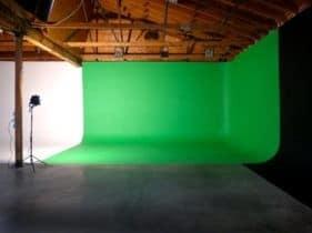 green-screen-studio-3-281×210